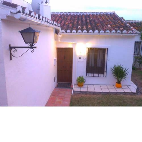 1 Bed Traditional Holiday Rental Cottage Oasis Capistrano Nerja Spain