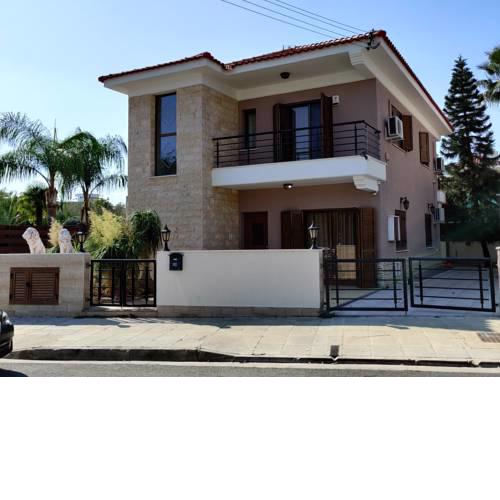 3 bedroom house at yermasoyia dasoudi beach papas area