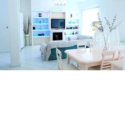 Acropolis Area Apartment