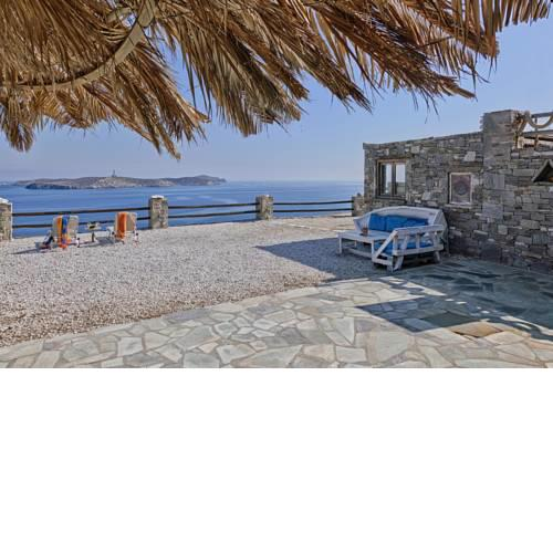 Aegean View - Seaside Apartment in Syros