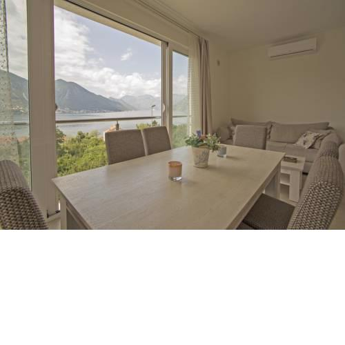 Apartment Rugino with Amazing view - Near beach-2br