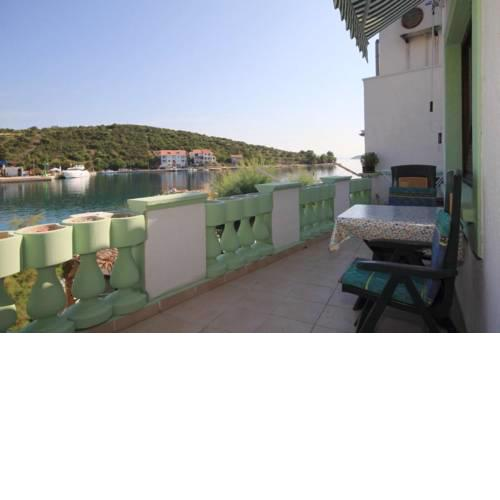 Apartments and rooms by the sea Zaglav (Dugi otok) - 8170