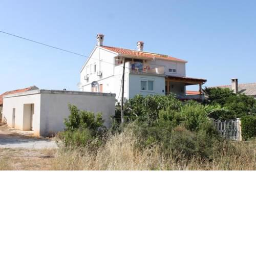 Apartments and rooms with parking space Bozava (Dugi otok) - 8100