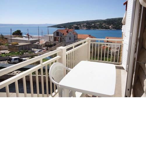 Apartments by the sea Sumartin (Brac) - 5620