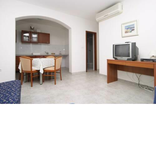 Apartments in Pucisca Brac - Insel Brac 41555