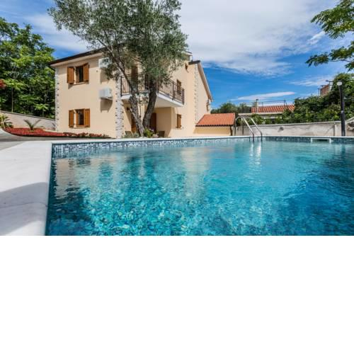Apartments Villa Diamant with Pool & Whirlpool