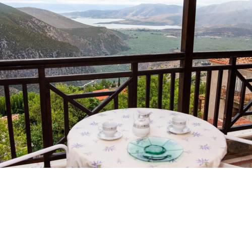 Apollon Stone Villa in Delphi with Stunning View!