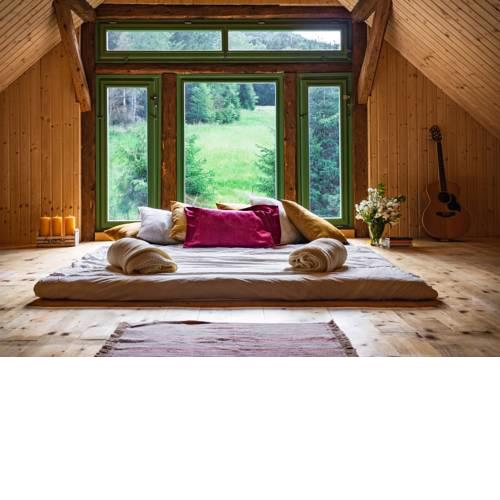 Attic, Tipi & TreeHouse in Gorgeous Natural Area