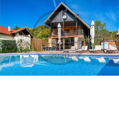 Awesome home in Sveti Ivan Zelina w/ Outdoor swimming pool, Jacuzzi and 2 Bedrooms