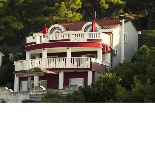 Beautiful Villa 6 Metres From Sea