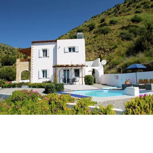 Beautiful Villa in Agia Galini Crete with Swimming Pool