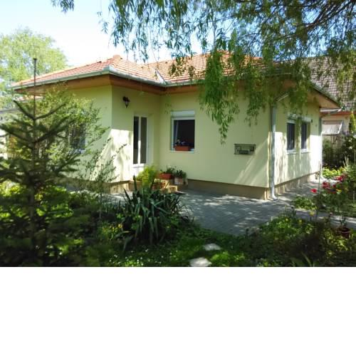 Bloomyapartment