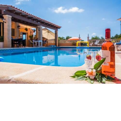 Capdepera Villa Sleeps 8 with Pool and WiFi