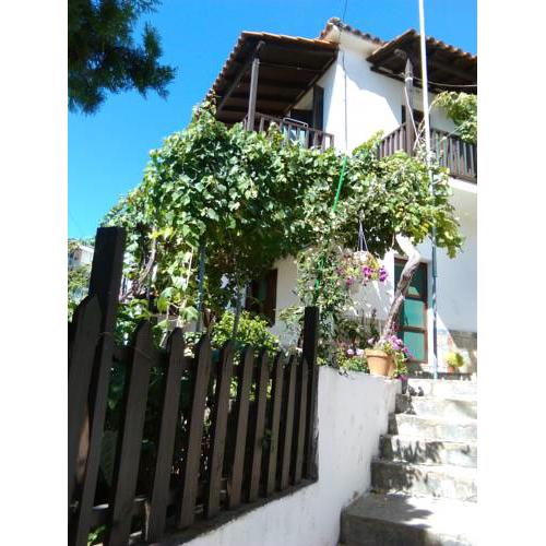 Cozy Traditional House in Thassos, Kallirachi
