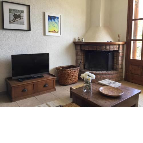 Design & Comfy Apt in Arachova