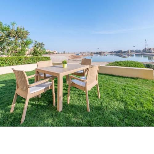 El Gouna garden home with private beach and swimming pool