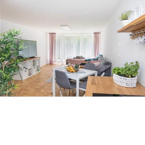 Family Apartment with Garden