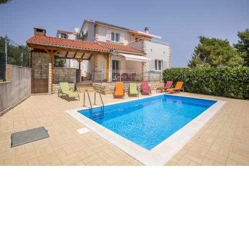 Family friendly house with a swimming pool Maslinica (Solta) - 16782
