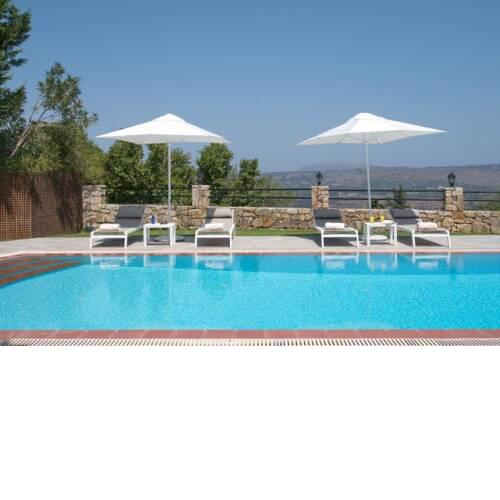 Filippos Villa Sleeps 6 with Pool Air Con and WiFi