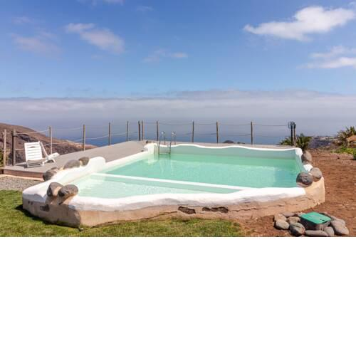 Flatguest Charming House + Pool + Terrace + Views