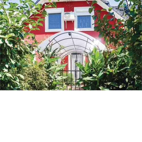 Four-Bedroom Apartment in Balatonfenyves