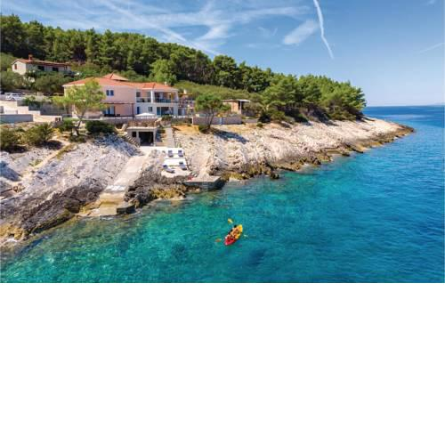 Four-Bedroom Holiday Home in Crnja Luka