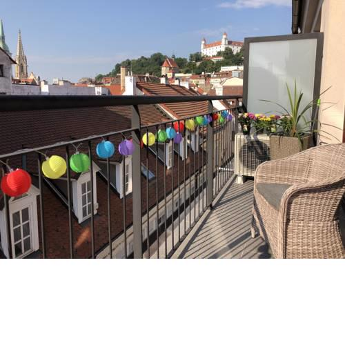 Heart of the Old Town Apt - Terrace&View