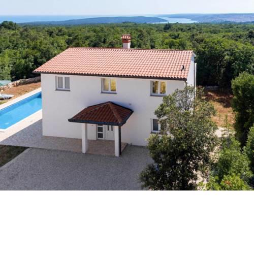Holiday Home Gregor (LBN114)