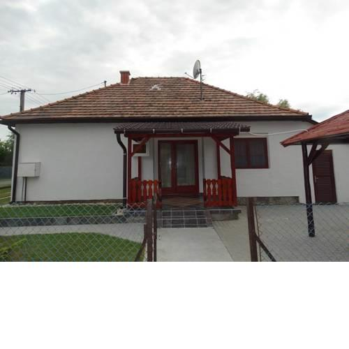 Holiday home in Balatonfenyves 18431