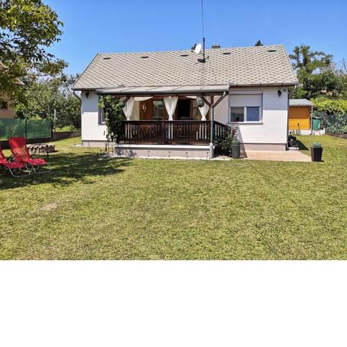 Holiday home in Balatonfenyves 27939