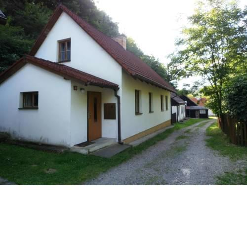 Holiday home in Branov 1198