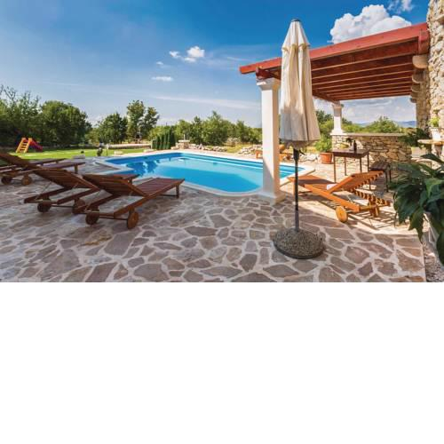 Holiday home Lovrec 24 with Outdoor Swimmingpool