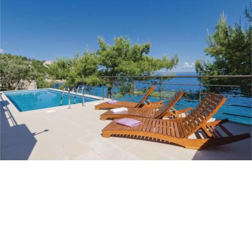 Holiday home Prigradica 50