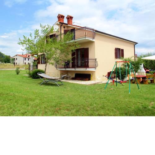Holiday Home Villa Emanuela (IPC100)