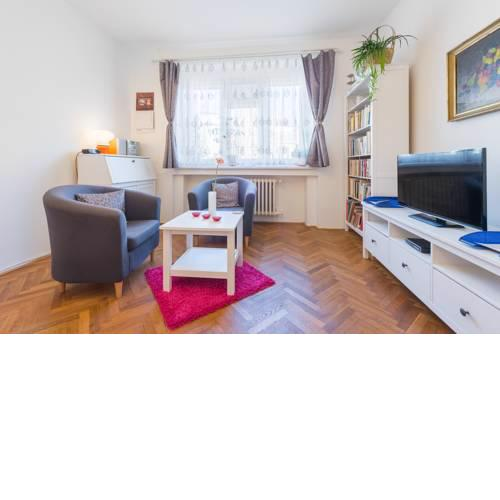 Homey apartment close to Prague Castle