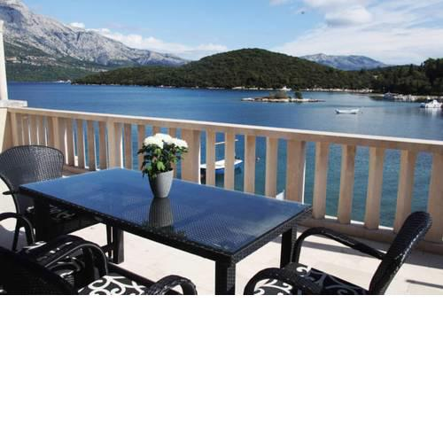 Korcula Seafront Apartments