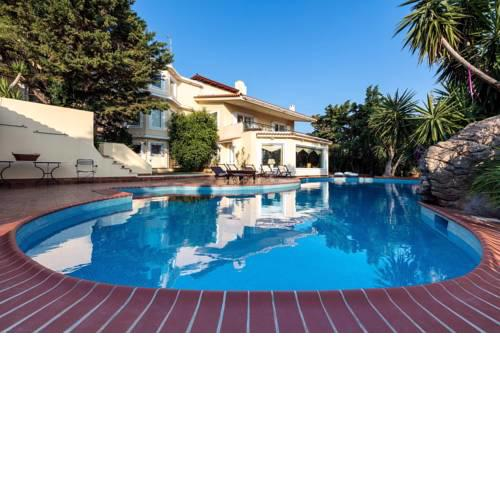 Lagonissi Luxury Villa