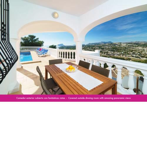Luxury apartment with private pool and sea views in Moraira