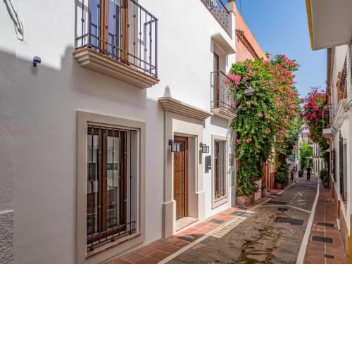 Marbella Old Town : Luxury Townhouse