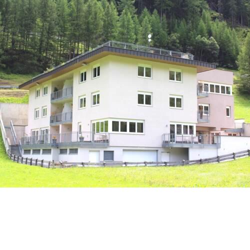 Mountain-View Apartment in Zwieselstein with Balcony