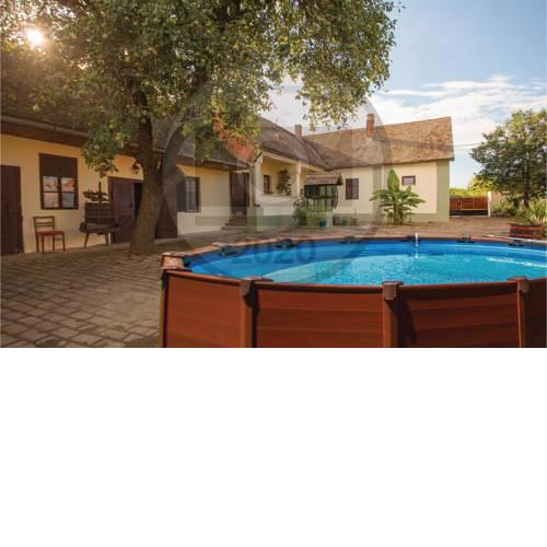 Nice home in Karanac w/ WiFi, Outdoor swimming pool and 4 Bedrooms