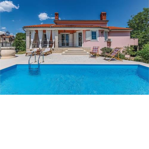 Nice home in Marcana w/ Outdoor swimming pool, WiFi and 4 Bedrooms