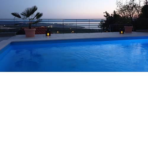 Nilaria Sea View Apartment & Pool