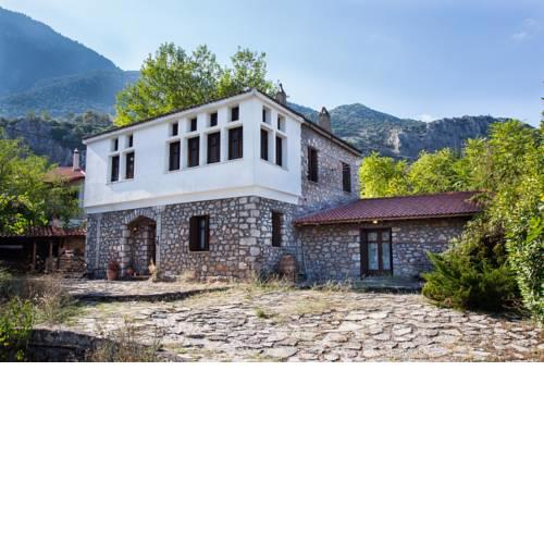 Picturesque Villa in Parnassos !