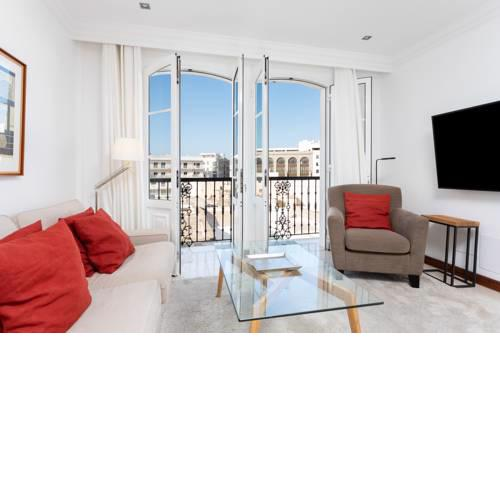 Rooms & Suites Balcony 3D