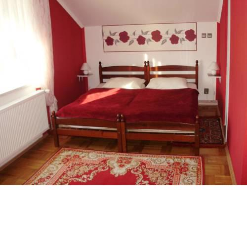 Rooms with a parking space Knezevi Vinogradi (Baranja) - 15024