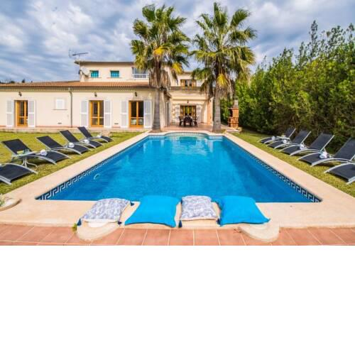 sa Pobla Holiday Home Sleeps 10 with Pool and WiFi