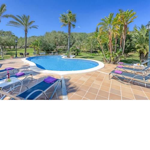sa Pobla Villa Sleeps 12 Pool Air Con WiFi