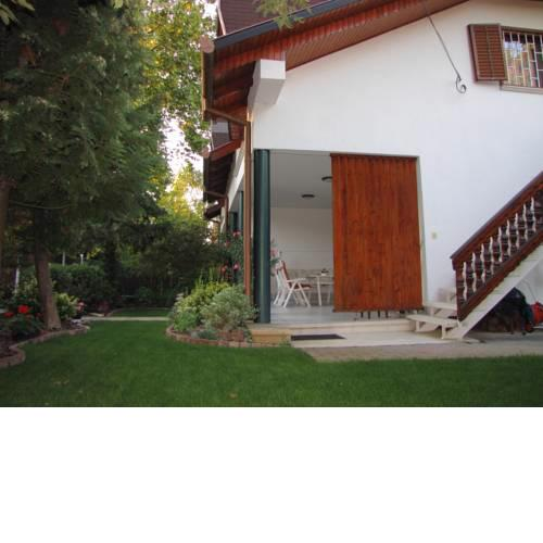 Schmidt apartment