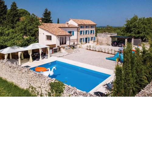 Scuola Roveria Country house with pool